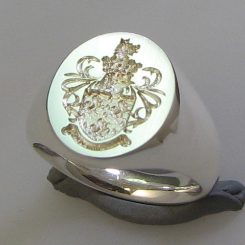 coat of arms seal style engraved signet ring