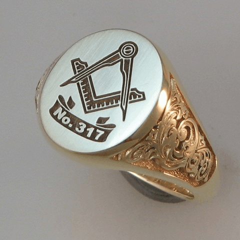 carved shoulders on masonic signet ring